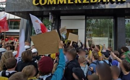 Education Strike 2009 germany - bank raid