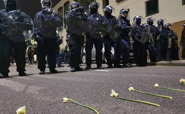 Flowers vs Batons - Police Attack Second Bristol #KillTheBill Protest
